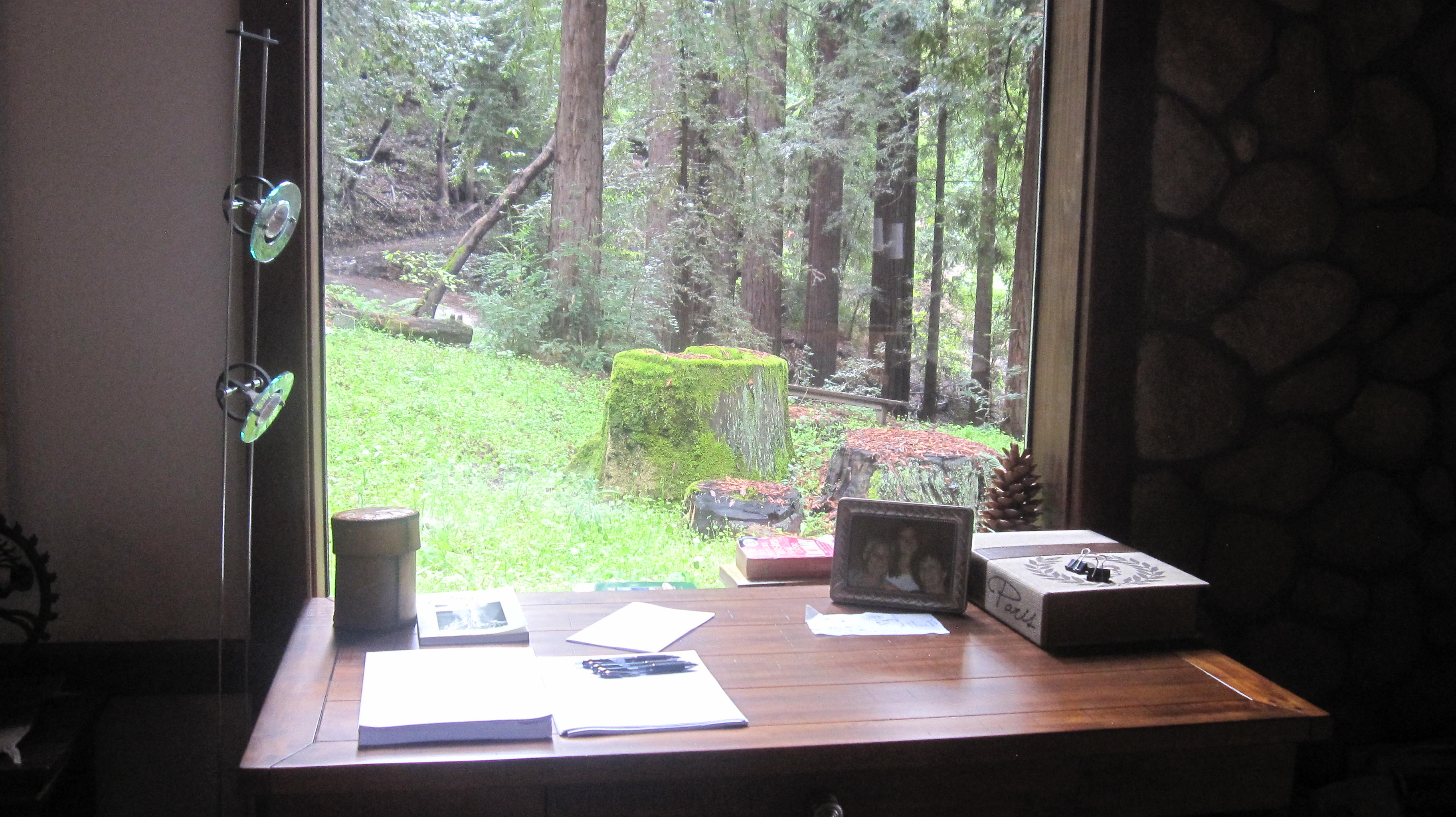 Boulders writing retreat a zen cabin in the santa cruz for Writers retreat cabin